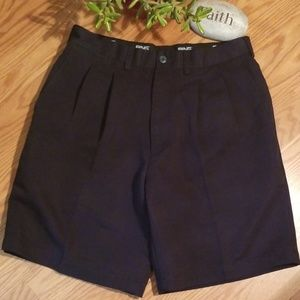 Ping pleated golf shorts 32